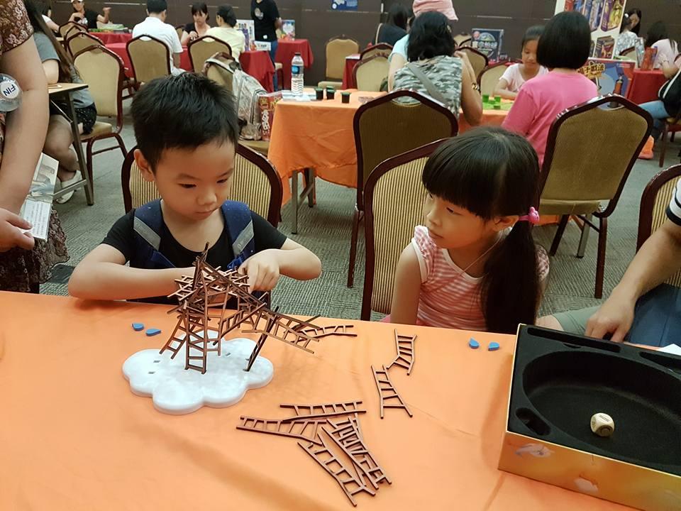 桌遊體驗與桌遊比賽